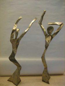 2 grosse Edelstahlfiguren, 100 x 36 x 20 cm, 2005